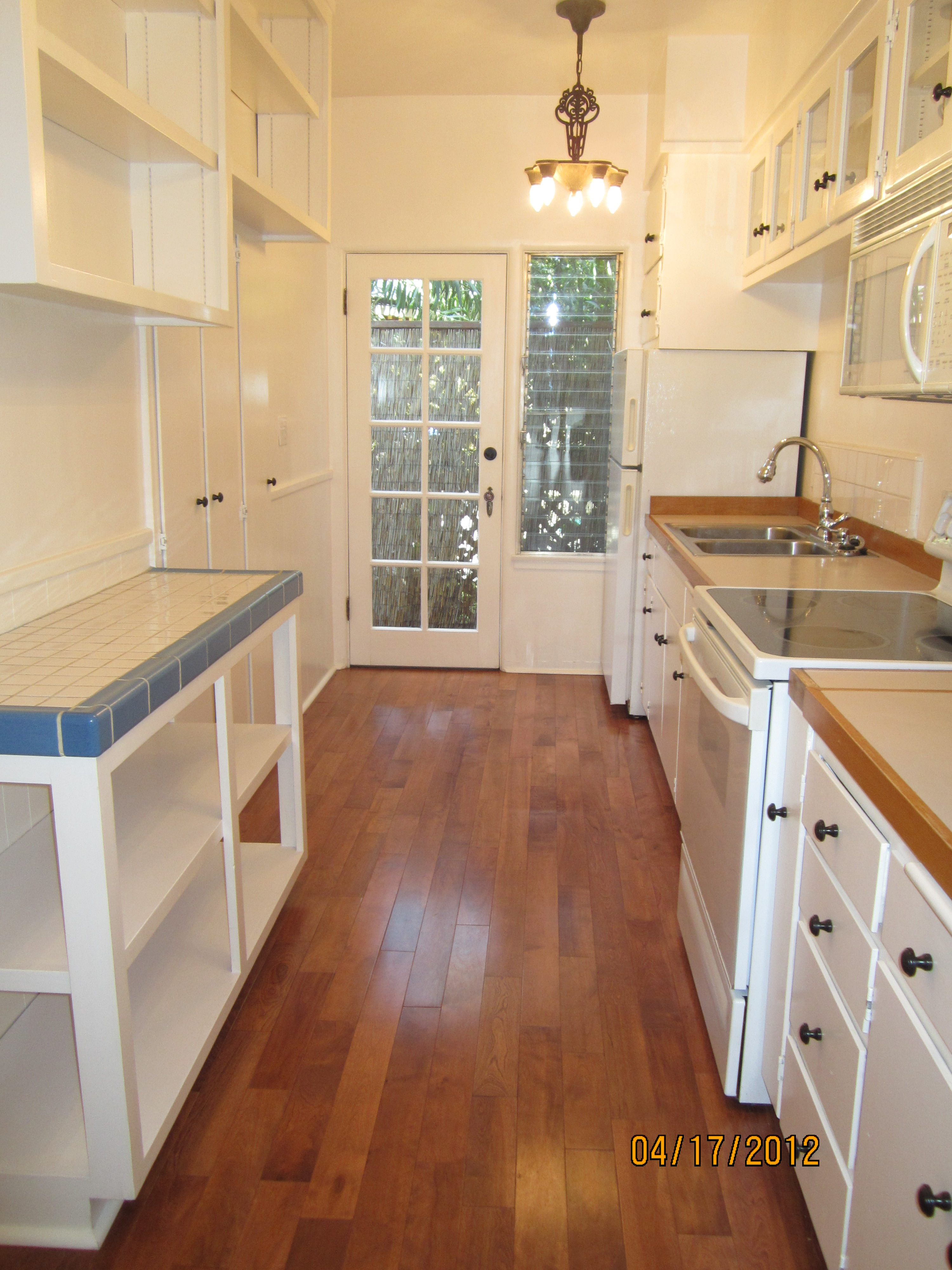 Masselin Avenue Historic Art Deco Kitchen |
