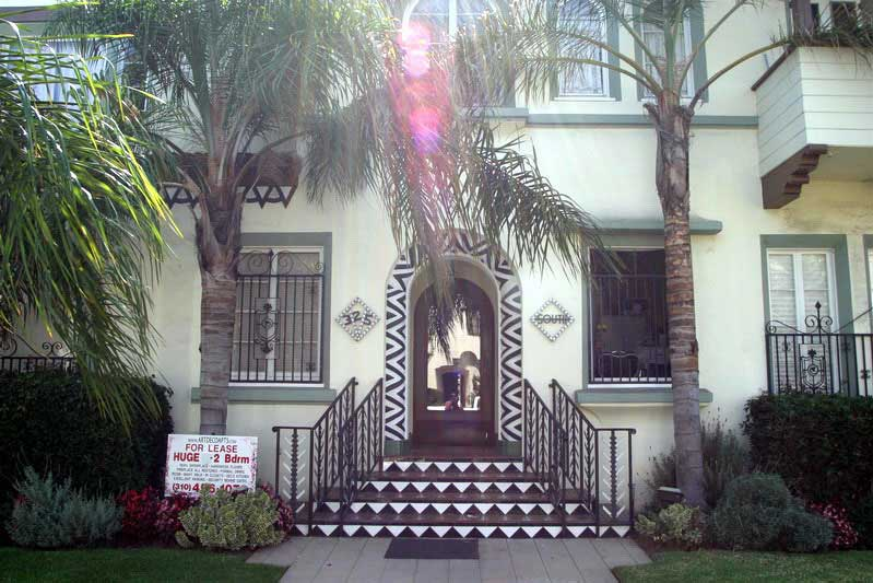 Cochran Historic Art Deco Los Angeles Front |