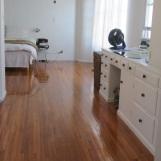 520-301-bedroom 1