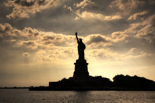 city_statue_statue_of_liberty_new_york_874_4320x2874