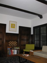 414-3;living-room-beams