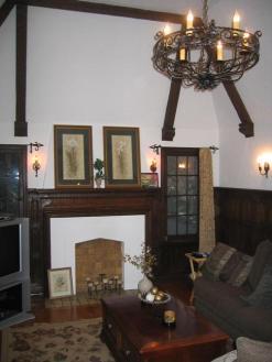 living room, hi ceiling